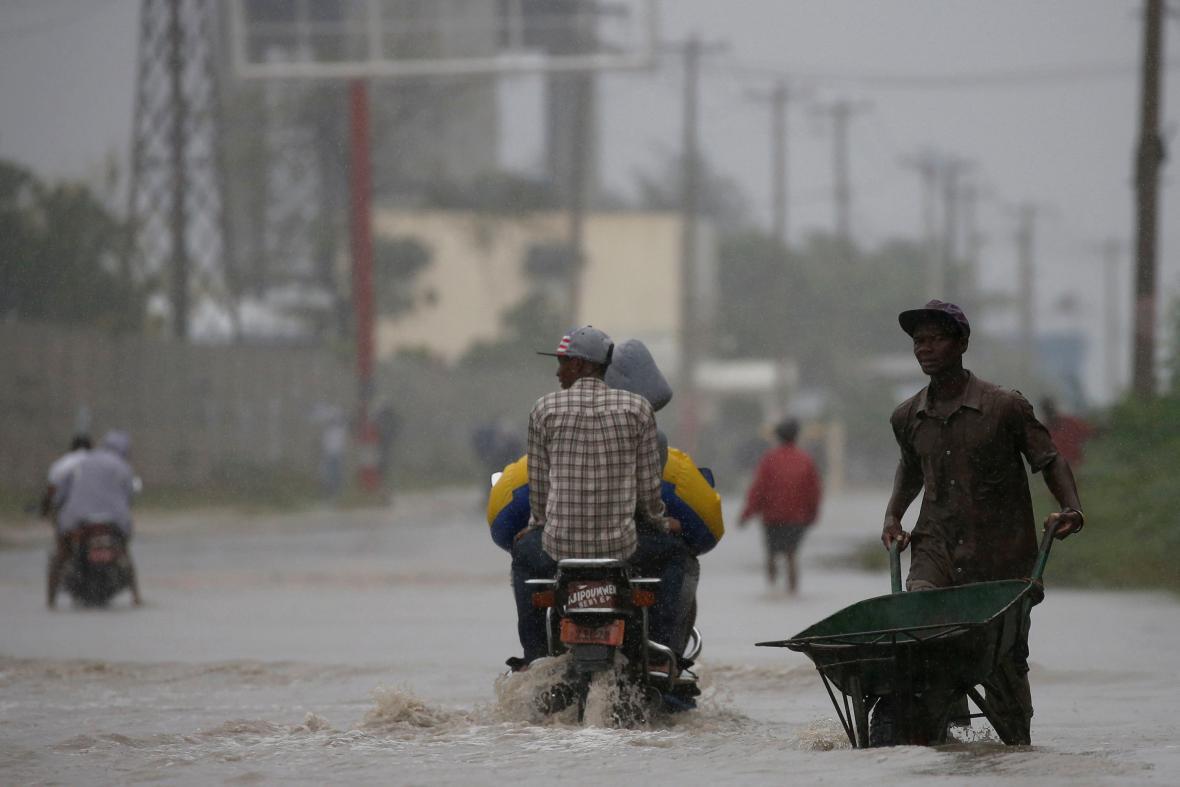 Matthew s sebou přinesl na Haiti i vydatné záplavy