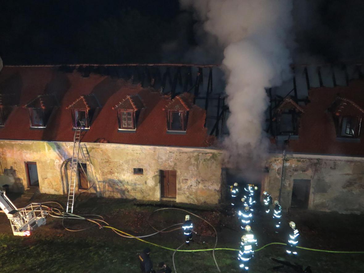 Zámek Plumlov hořel