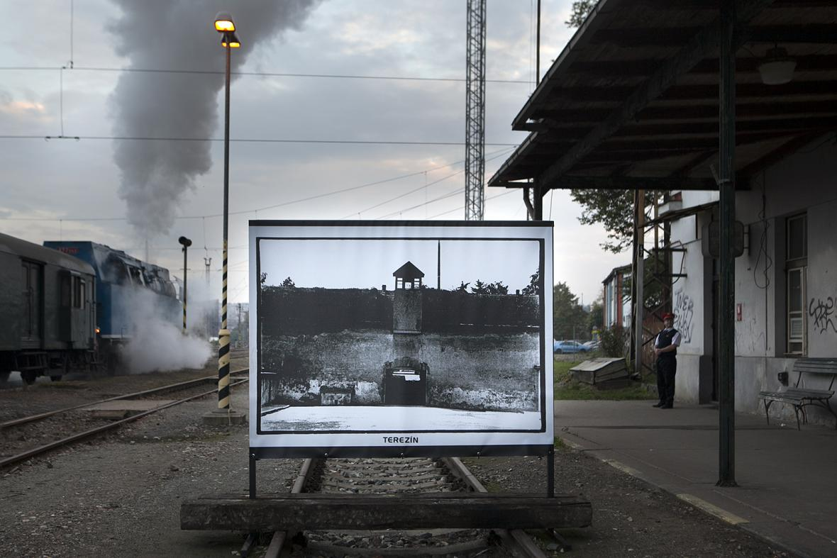 Z výstavy Cesty ticha na nádraží Praha-Bubny
