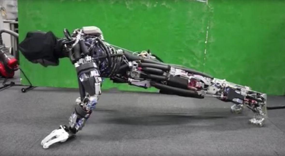 Klikující robot