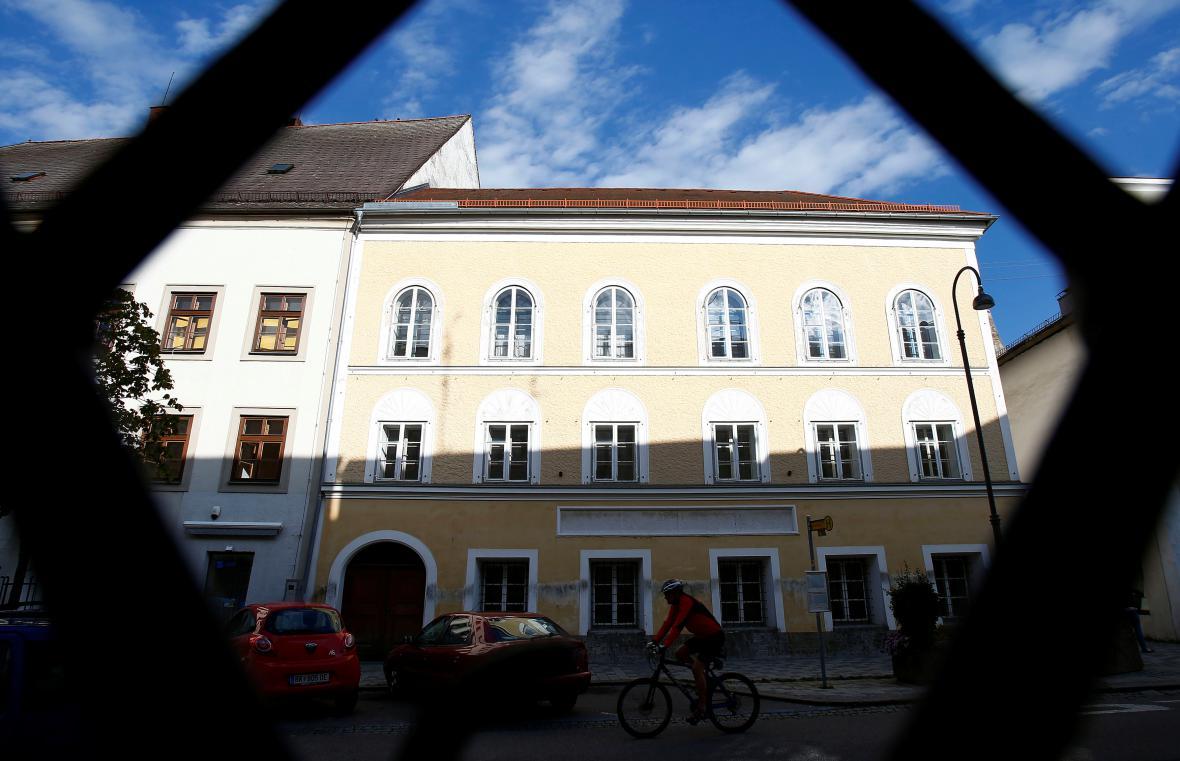 Hitlerův rodný dům v Branau am Inn