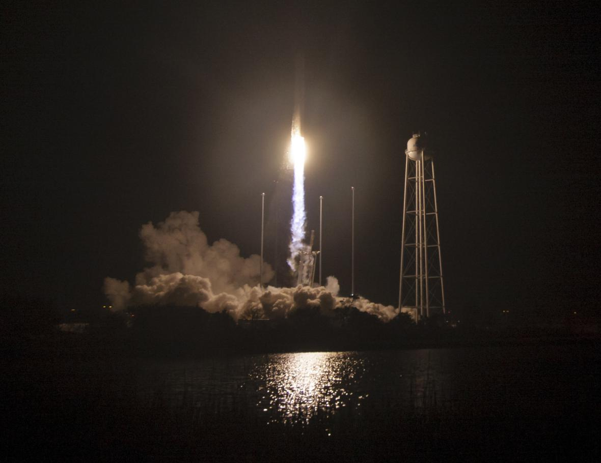 Start zásobovací lodi Cygnus