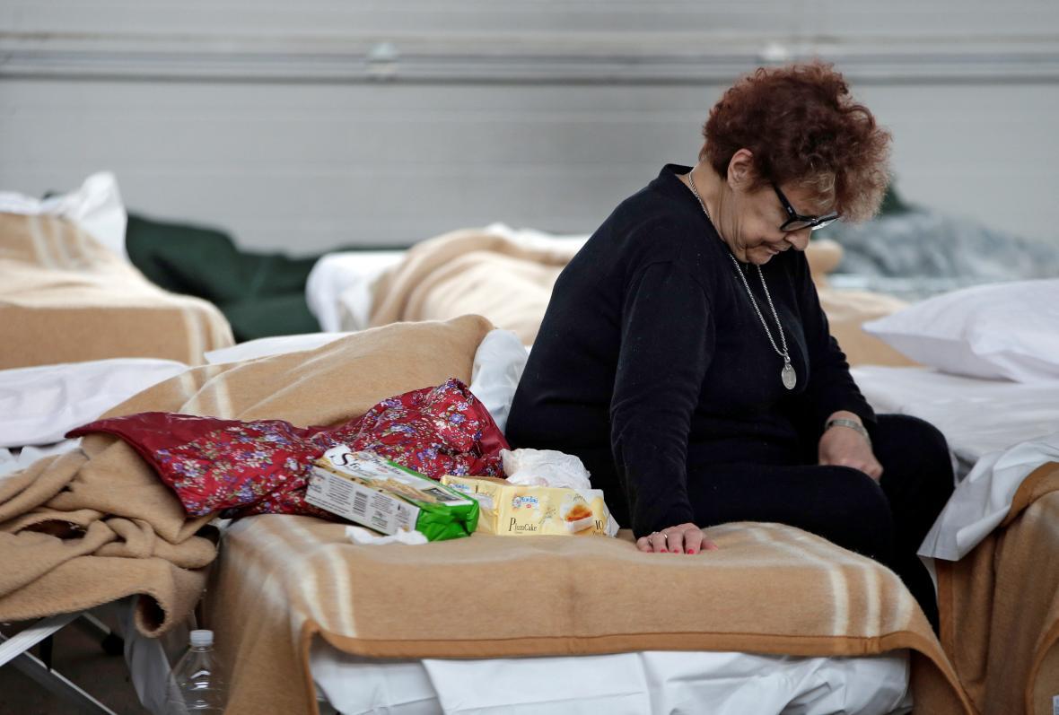 Italové zůstávají v provizorních ubytovnách