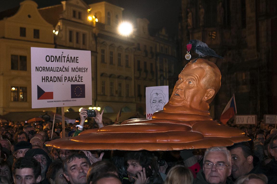 Oslava 28. října na Staroměstském náměstí
