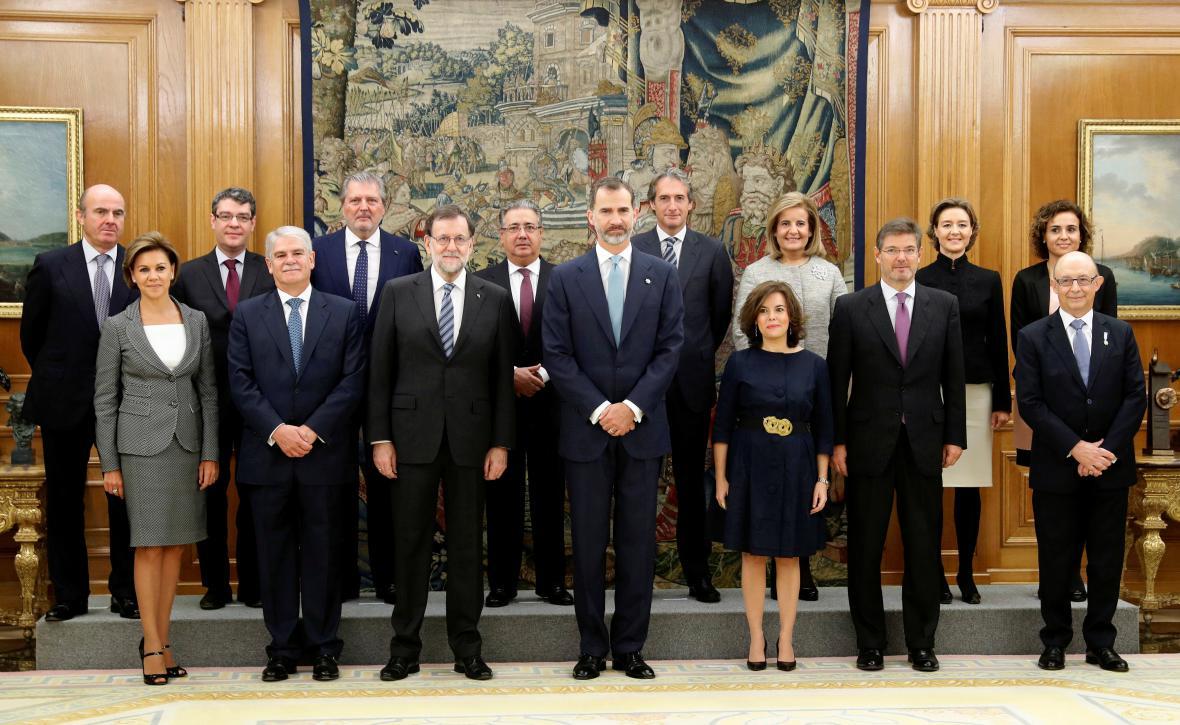 Nová španělská vláda s králem Filipem