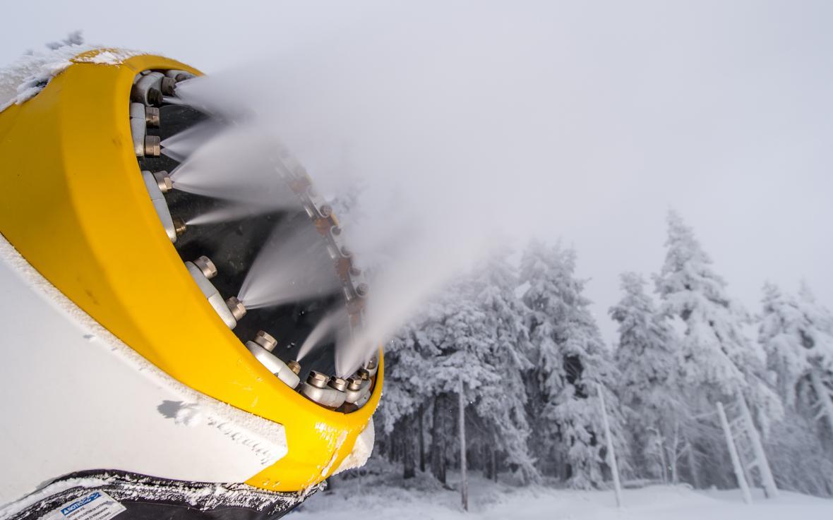 Skiareály se chystají na zahájení sezony