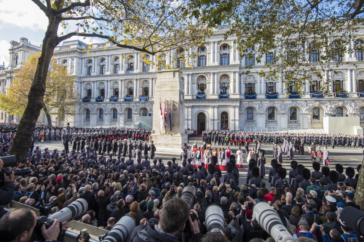 Pochod na památku padlých