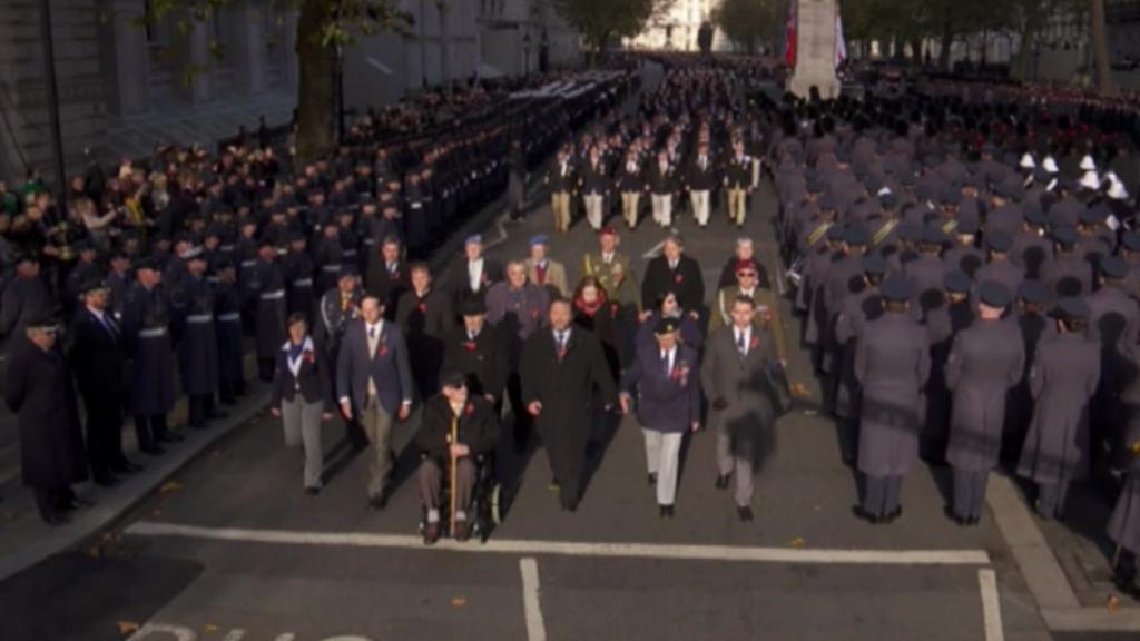 V pochod na památku padlých šlo i dvacet Čechů