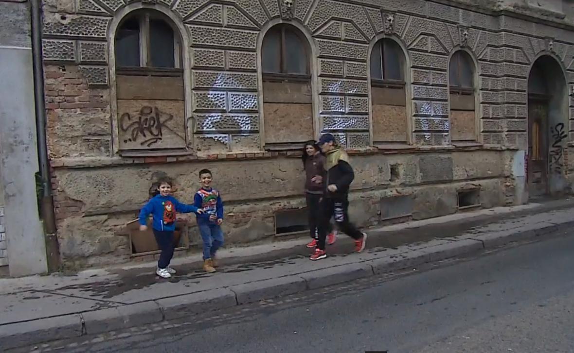 Na ulici se může od ledna ocitnout až sto dvacet rodin v Brně
