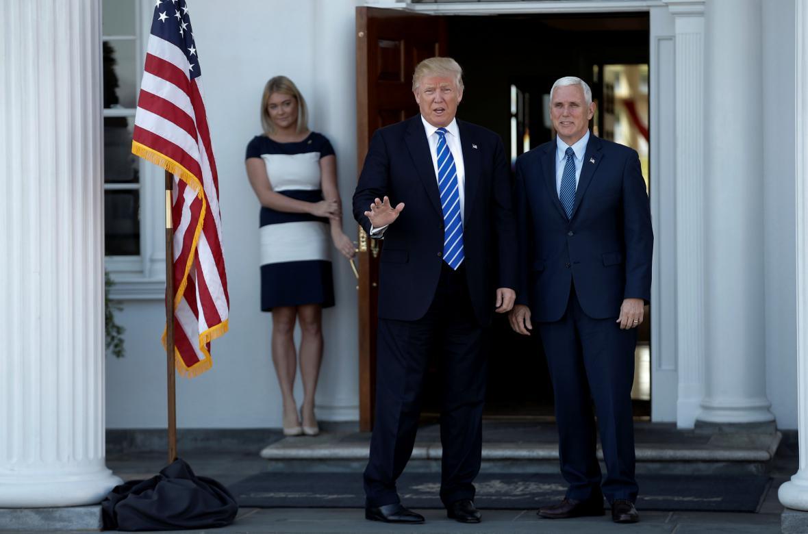 Donald Trump a Mike Segar