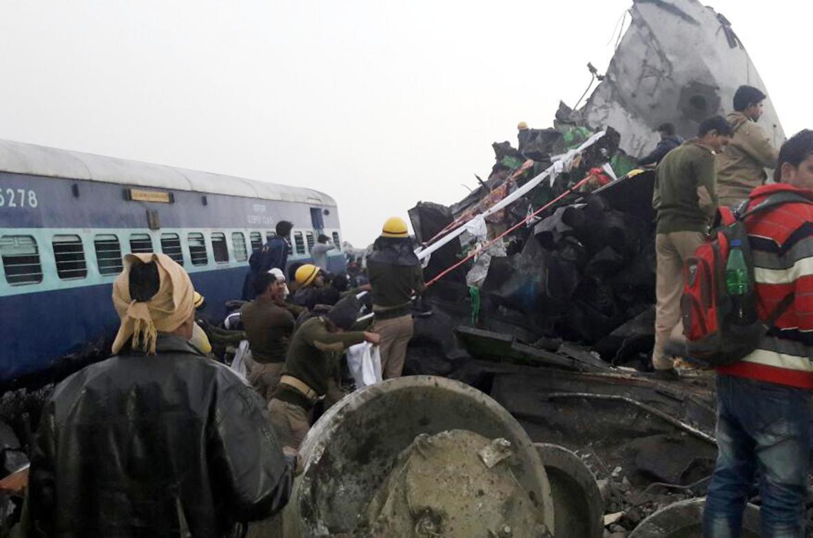 Železniční nehoda v Indii