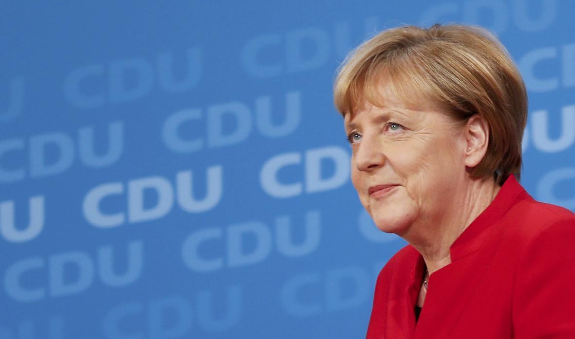 Merkelová oficiálně potvrdila svou další kandidaturu