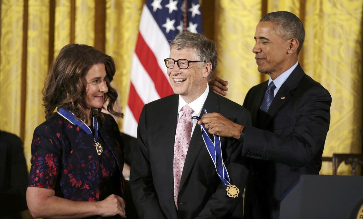 Obama a manželé Gatesovi