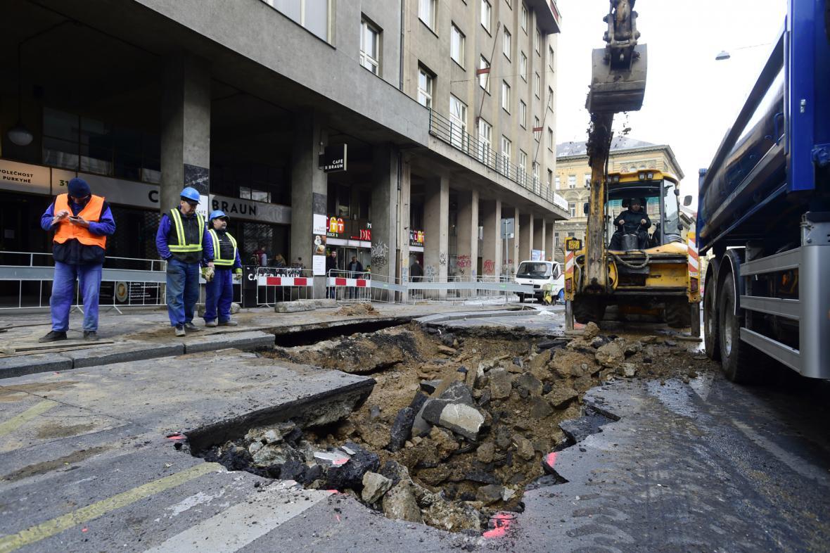 Uzavírka v Sokolské ulici