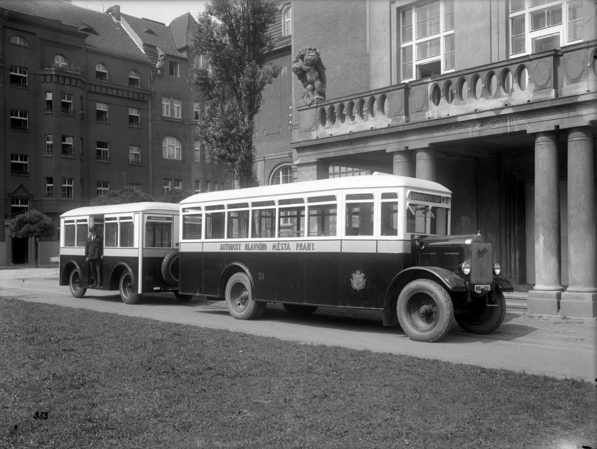 Historie autobusové dopravy