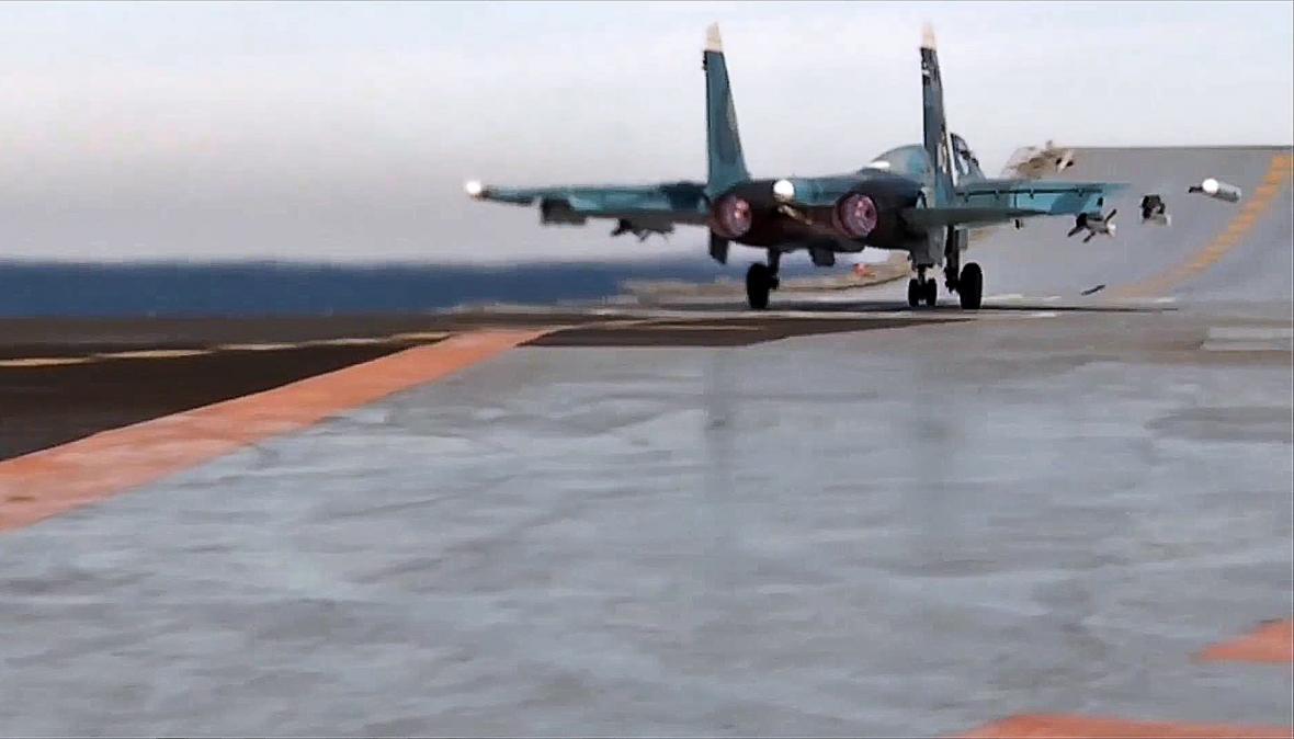 Start ruského letounu z Admirála Kuzněcova
