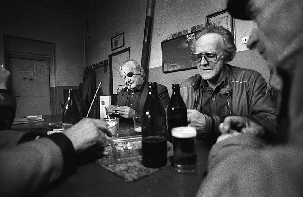 Sudety po roce 1989 fotografa Jaroslava Kučery. Na snímku Dubí v roce 1992.