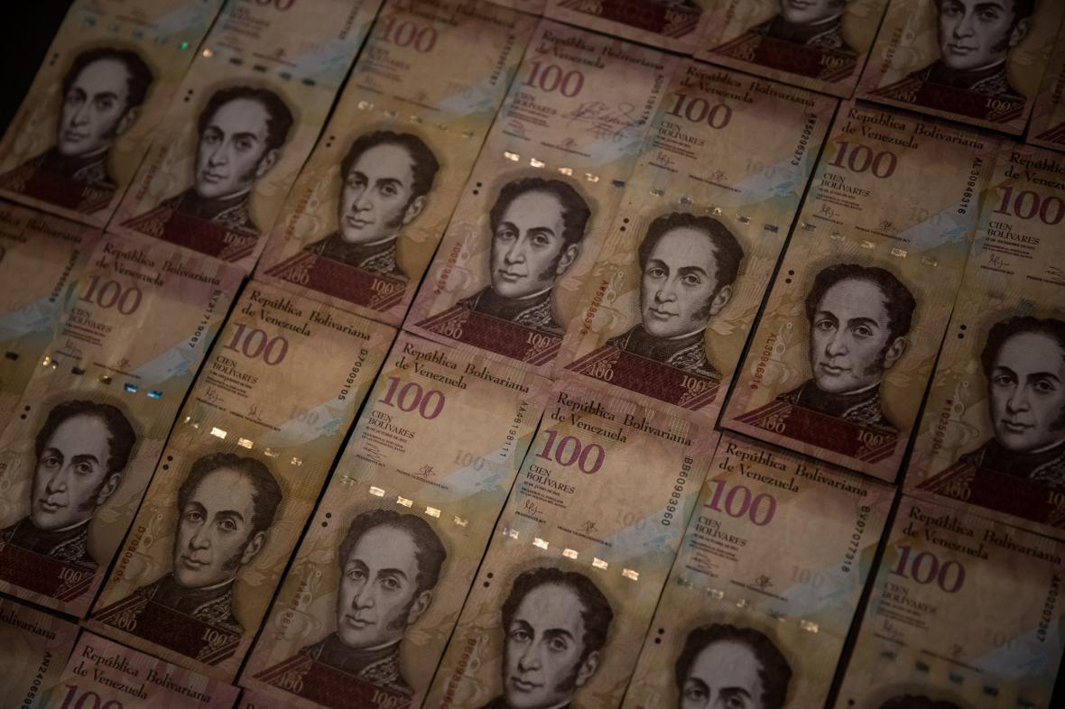 Stobolívarové bankovky