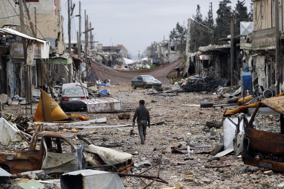 Aleppo, Rakká a Kobani před válkou a dnes