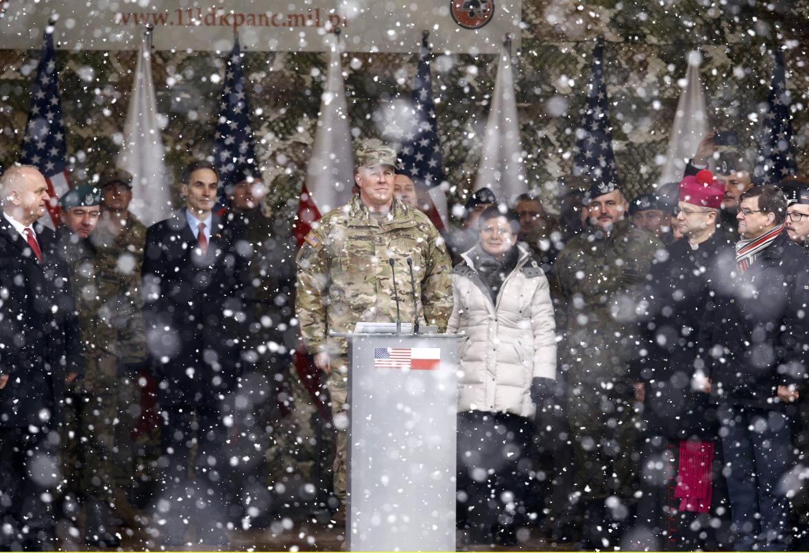 Uvítání amerických vojáků v Polsku