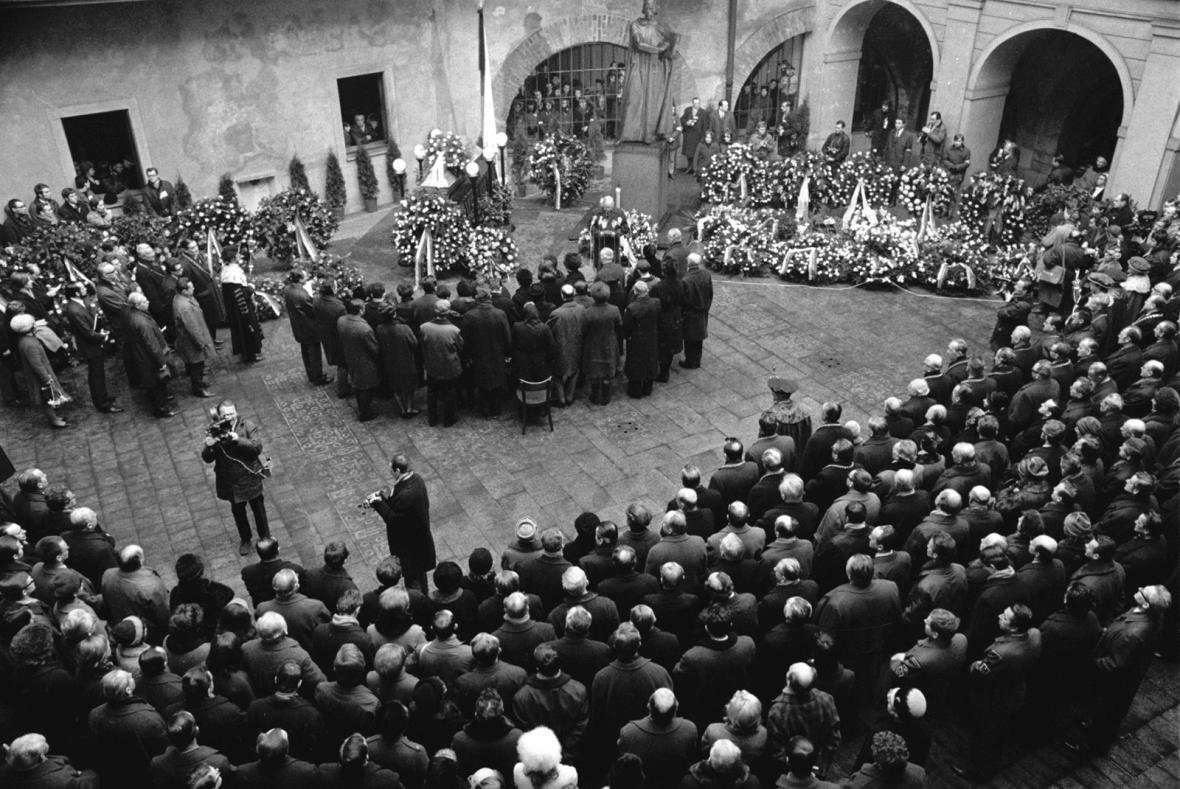 Palachův pohřeb