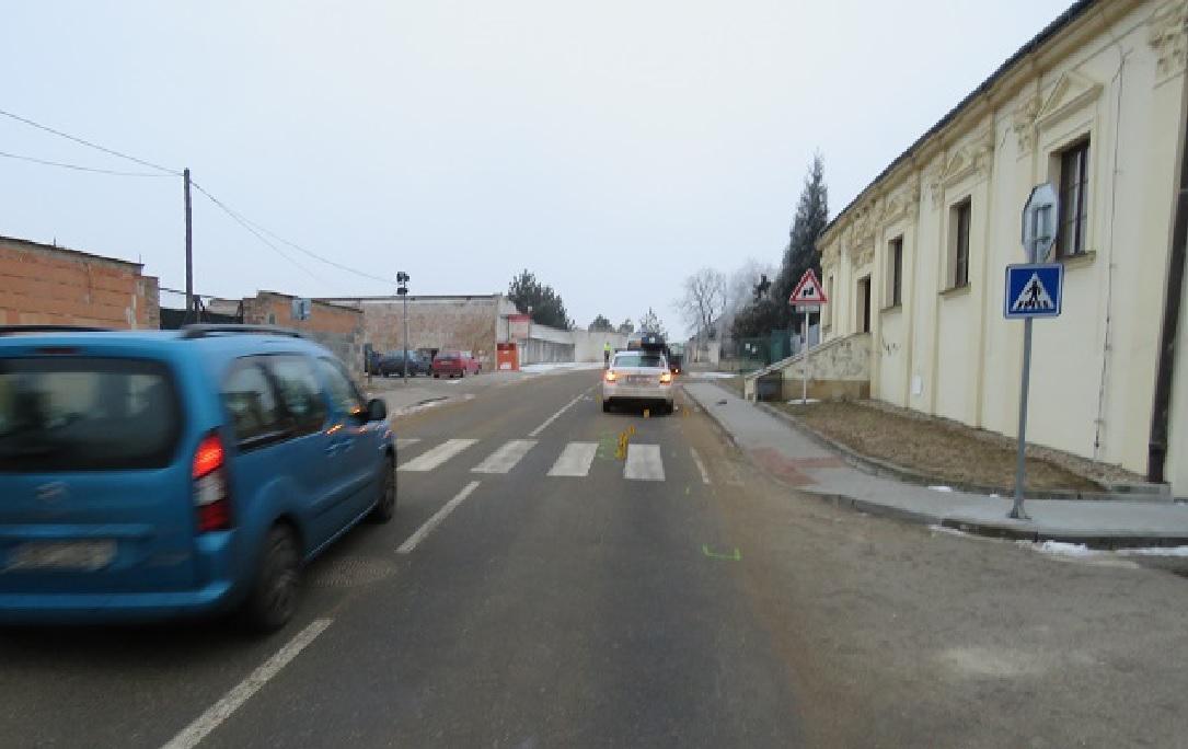 Nehoda na přechodu ve Valticích