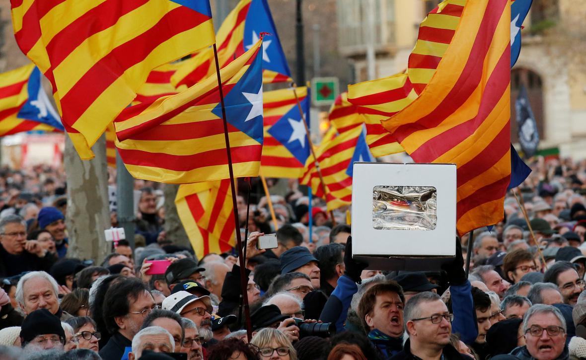 Příznivci někdejšího premiéra Katalánska Mase