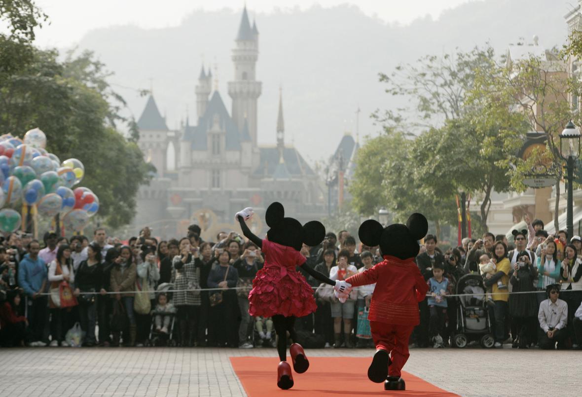 Loňské otevírání šanghajského Disneylandu
