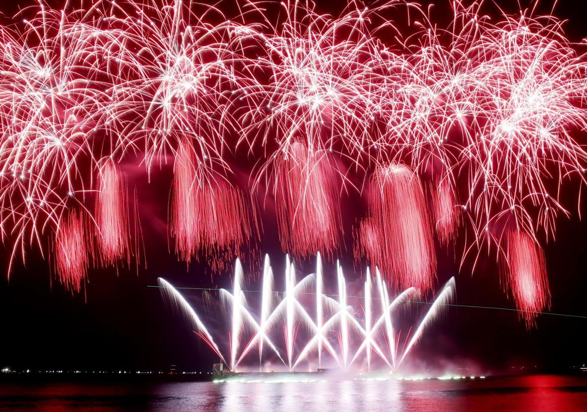 Čína slaví nový rok kohouta