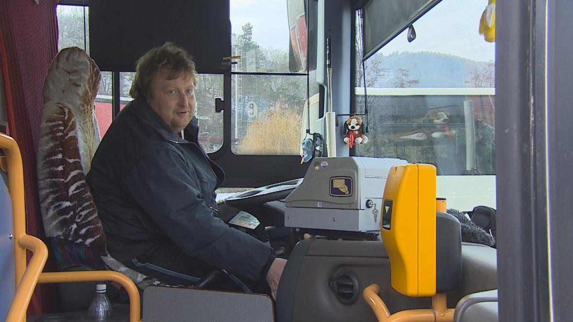 Řidiči autobusů čekají na slíbené zvýšení platů