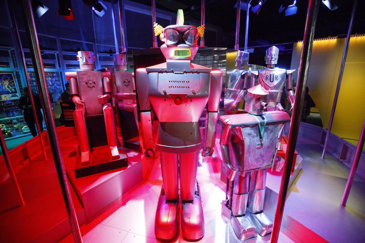 Japonský Kodomoroid (z japonského Kodomo = dítě a anglického android = umělý člověk) zvládá jednoduchou interakci a dialog na zadané téma.