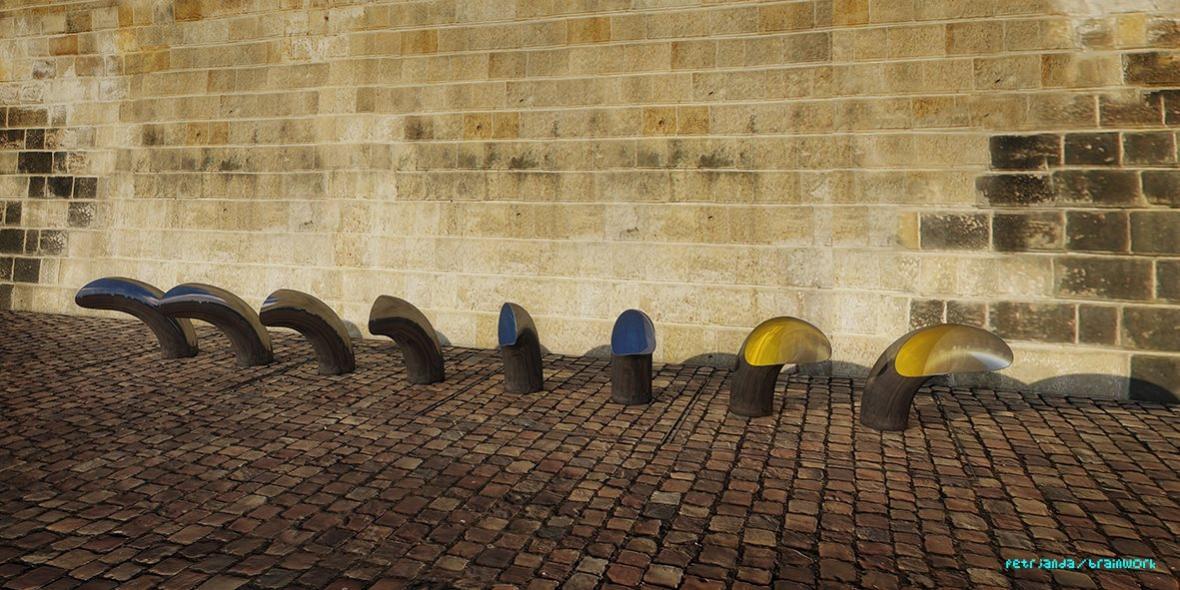 Pražská náplavka na Rašínově nábřeží by se měla do konce příštího roku proměnit v moderní promenádu s galeriemi a kavárnami v dosud nevyužitých prostorách.