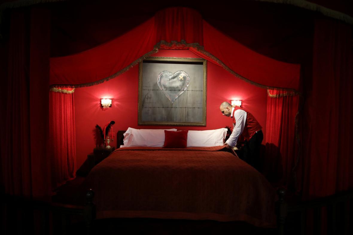 Hotel vyzdobený Banksym