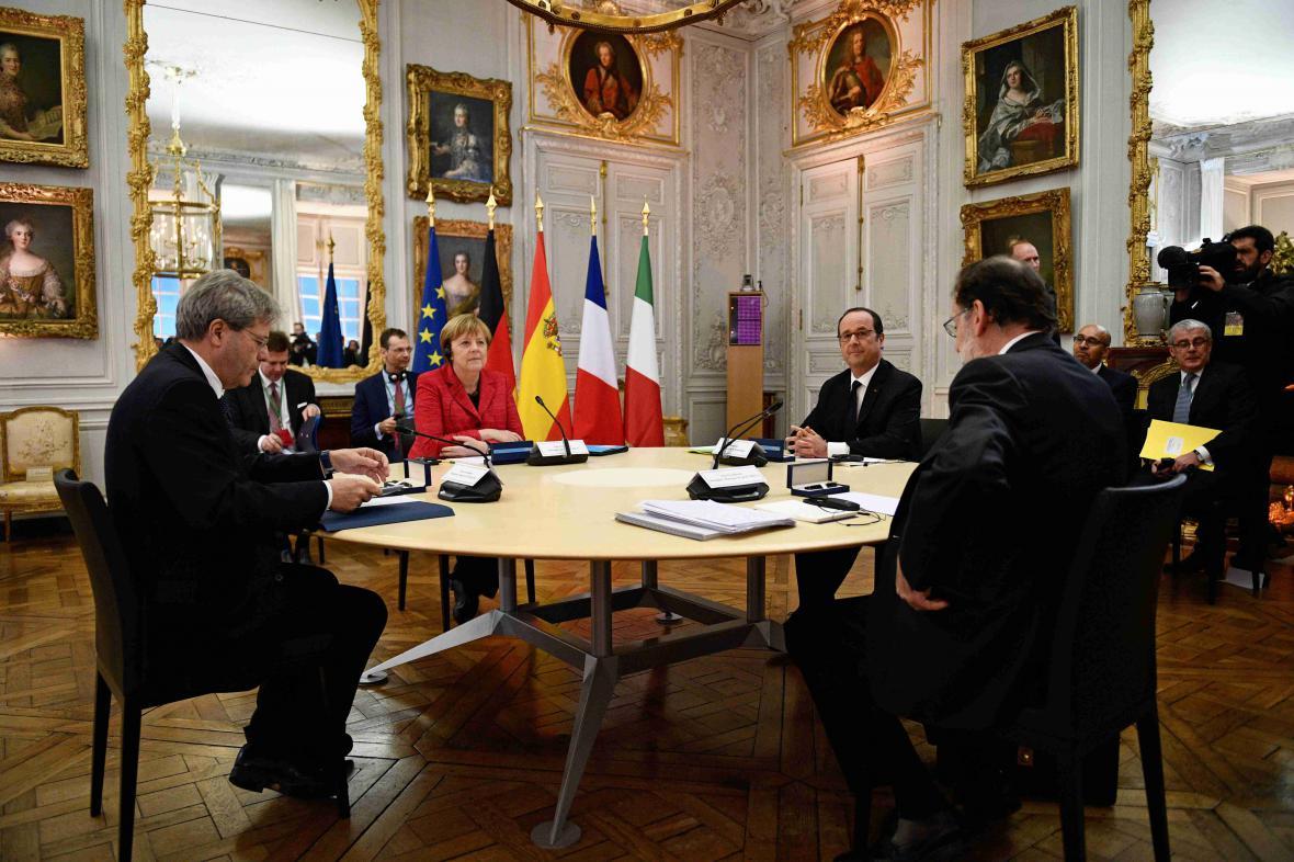 Jednání lídrů Francie, Německa, Španělska a Itálie před nadcházejícím summitem EU