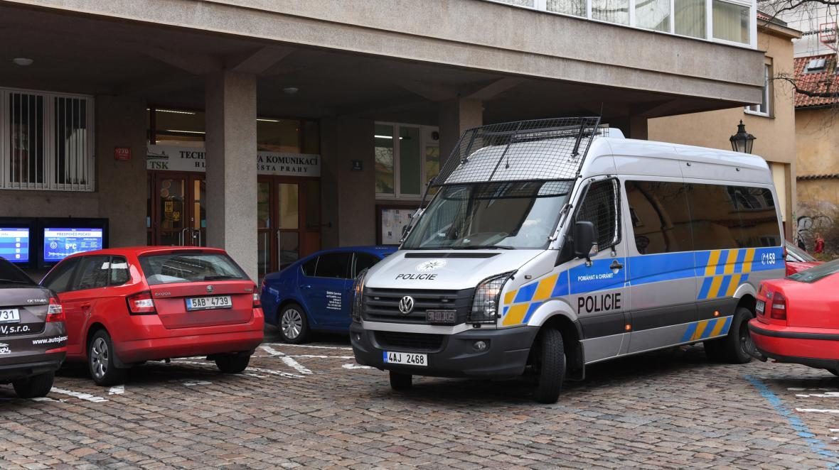 Zásah policie v sídle pražské Technické správy komunikací