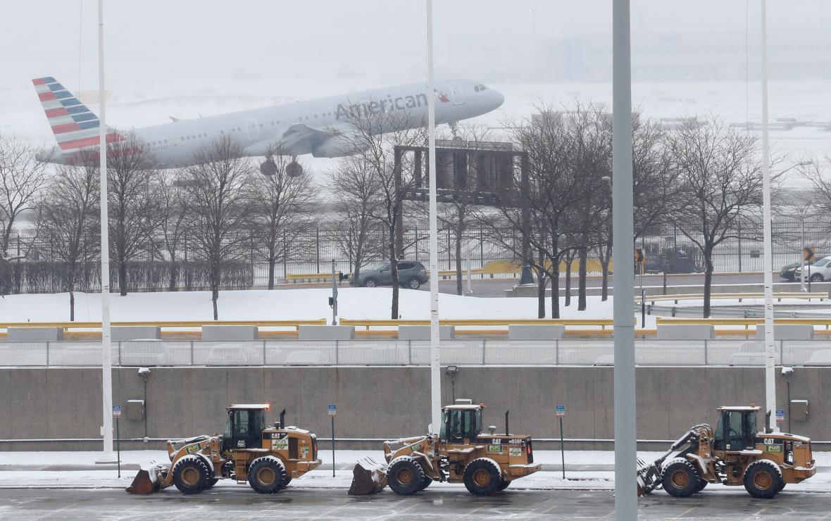 Chicagské letiště během sněhové bouře