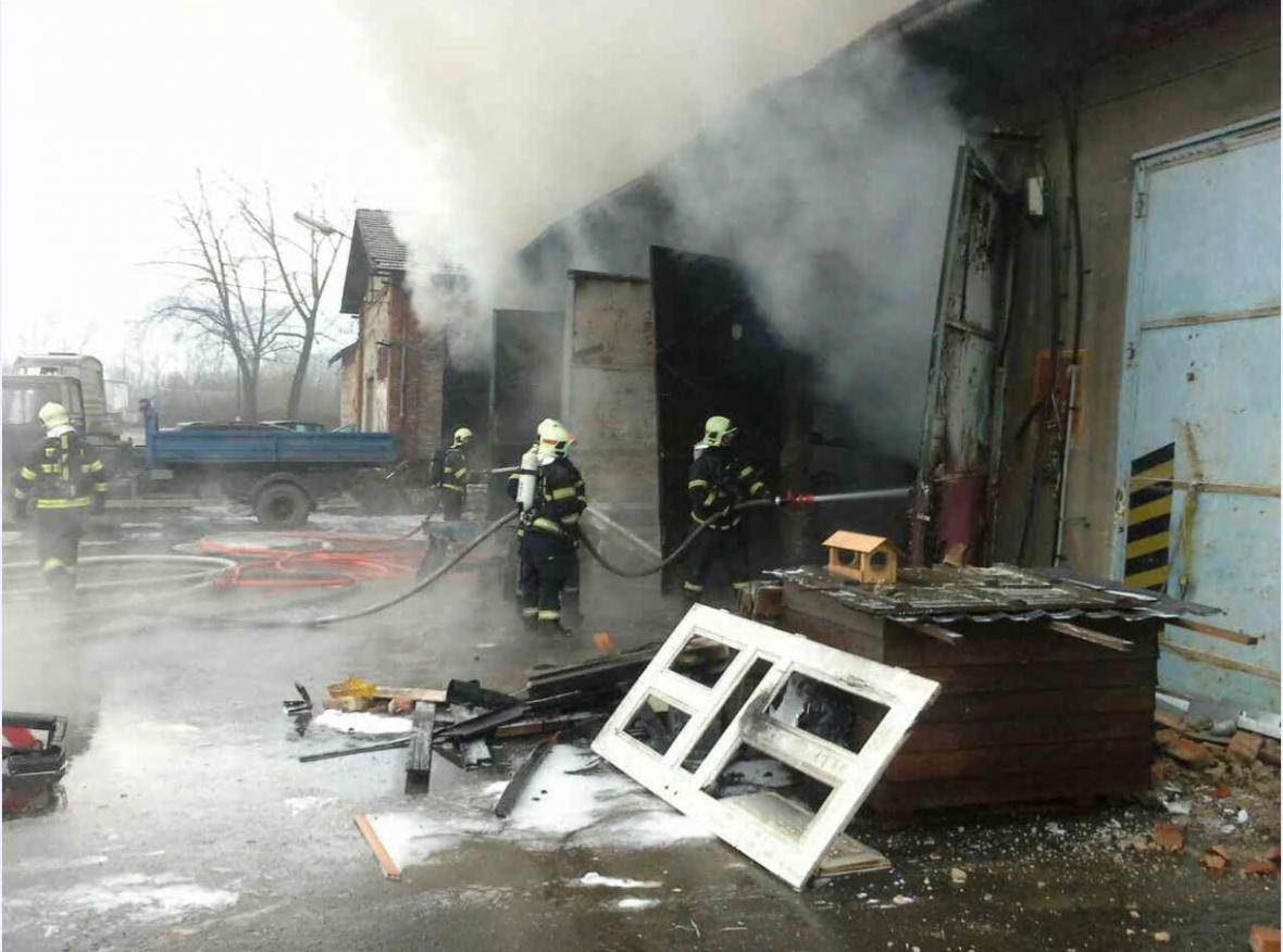 Požár ve Vikýřovicích na Šumpersku