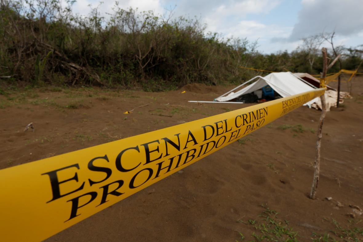 Označený masový hrob v Mexiku