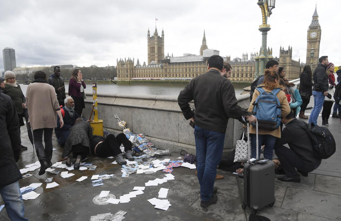 Útok na Westminster Bridge v Londýně