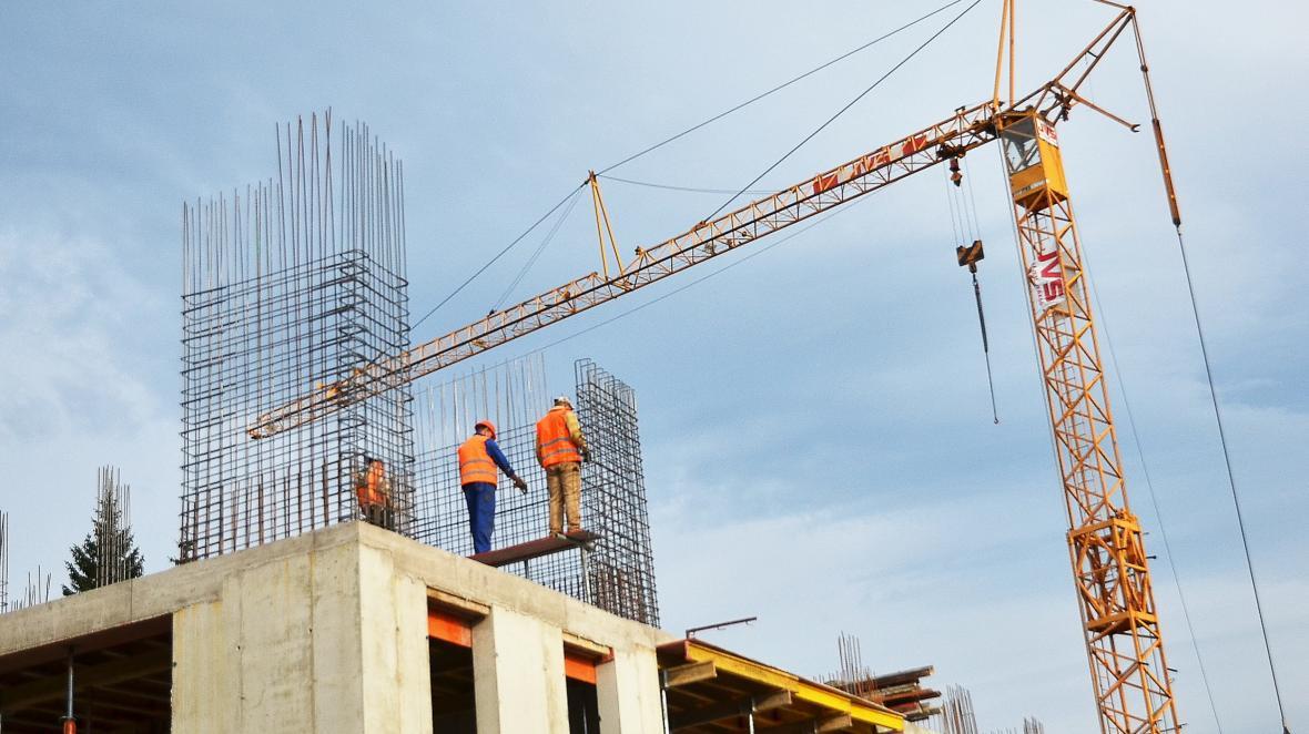 Stavba nových rekreačních zařízení v areálu Horní Mísečky v Krkonoších
