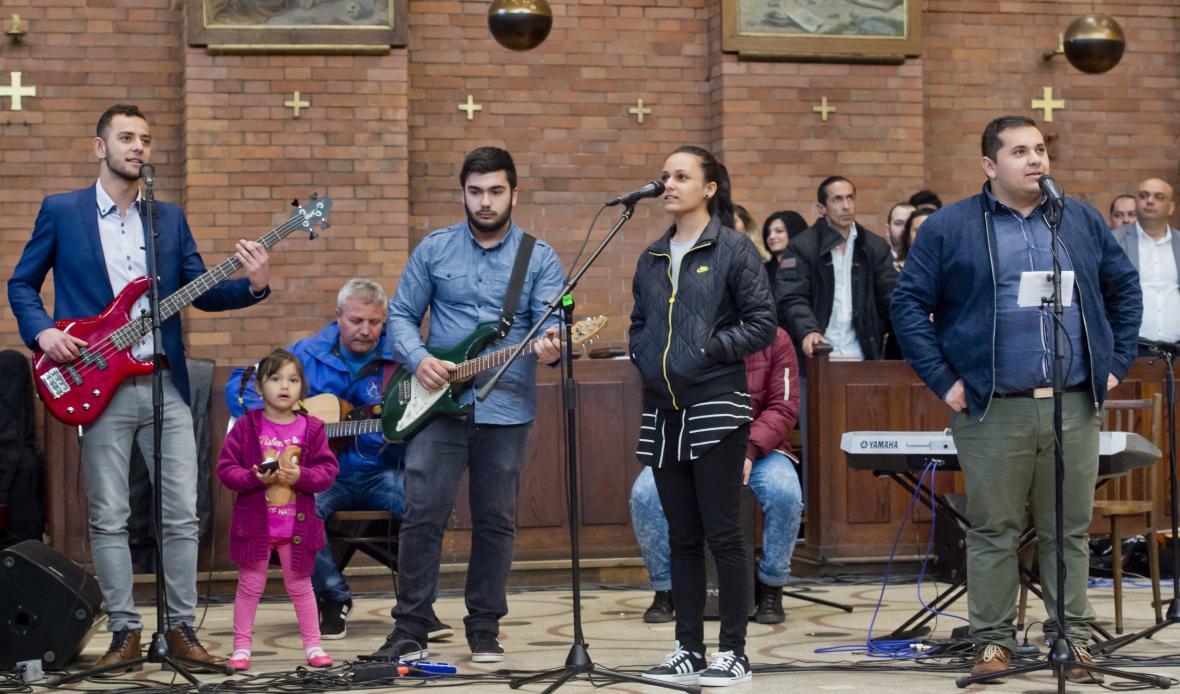 Vystoupení romských umělců při příležitosti Mezinárodního dne Romů