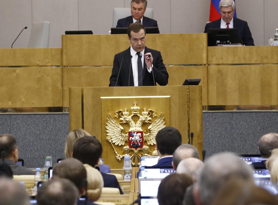 Dmitrij Medvěděv při projevu ve Státní dumě