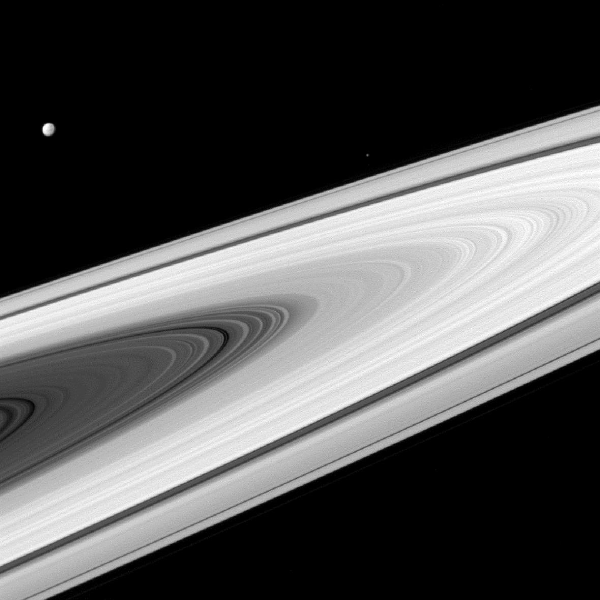 Epimetheus a Dione
