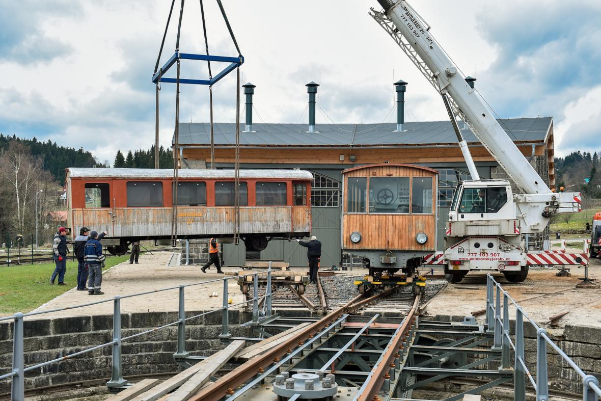 Ozubnicová lokomotiva