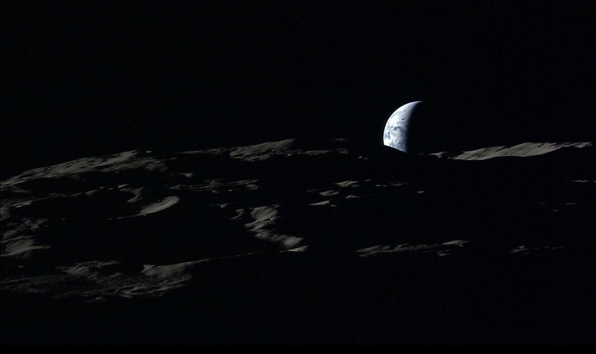 Země a Měsíc na jedné fotografii
