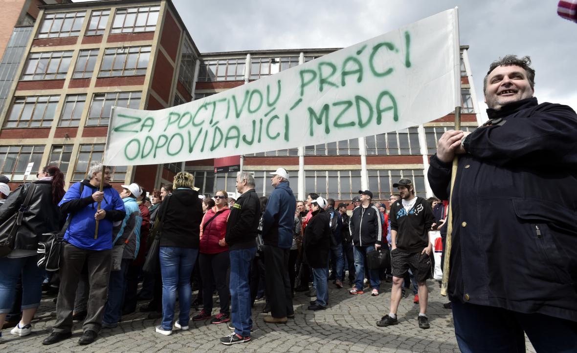 Výstražná stávka ve zlínském Mitasu