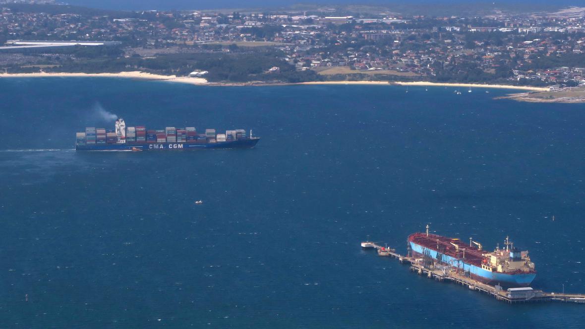 Lodě u přístavu v australském Sydney