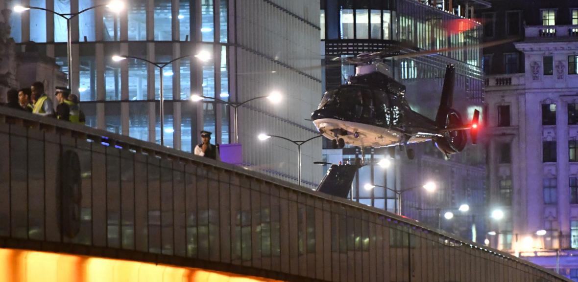 Policejní manévry v centru Londýna