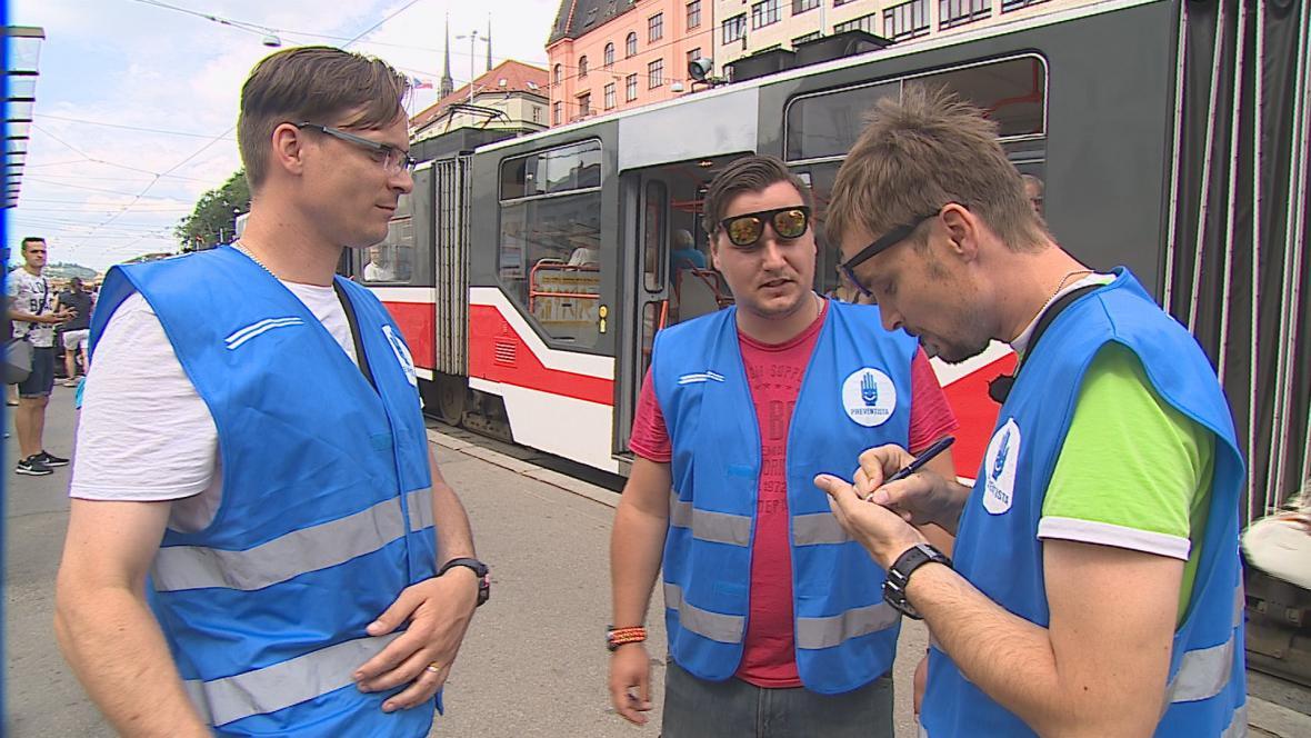 Preventisté na hlavním nádraží v Brně