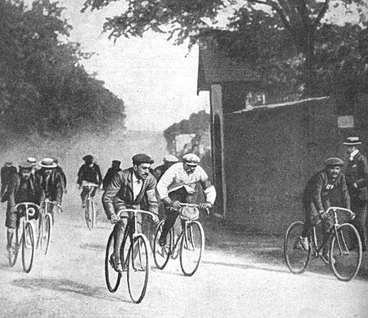 Historie jízdního kola